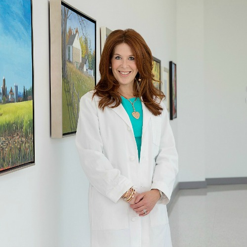 Swoon Talent - Women's Health Expert & Breast Cancer Surgeon Dr. Jenn Simmons at Einstein Medical Center Montgomery, Philadelphia