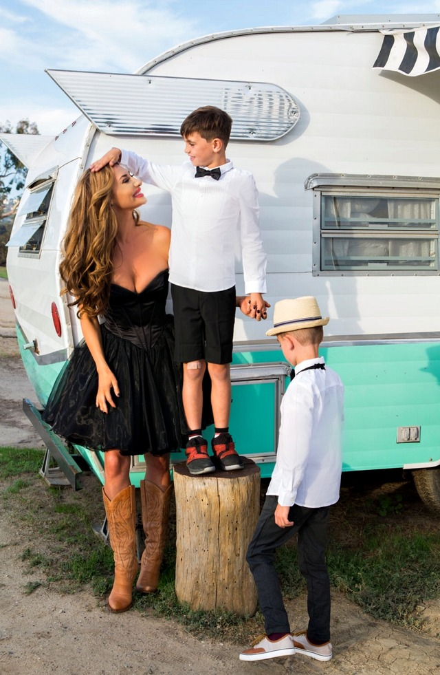"Former ""Real Housewives of Orange County"" Lizzie Rovsek with sons/Photography by Brie Childers - Swoon Talent Agency"