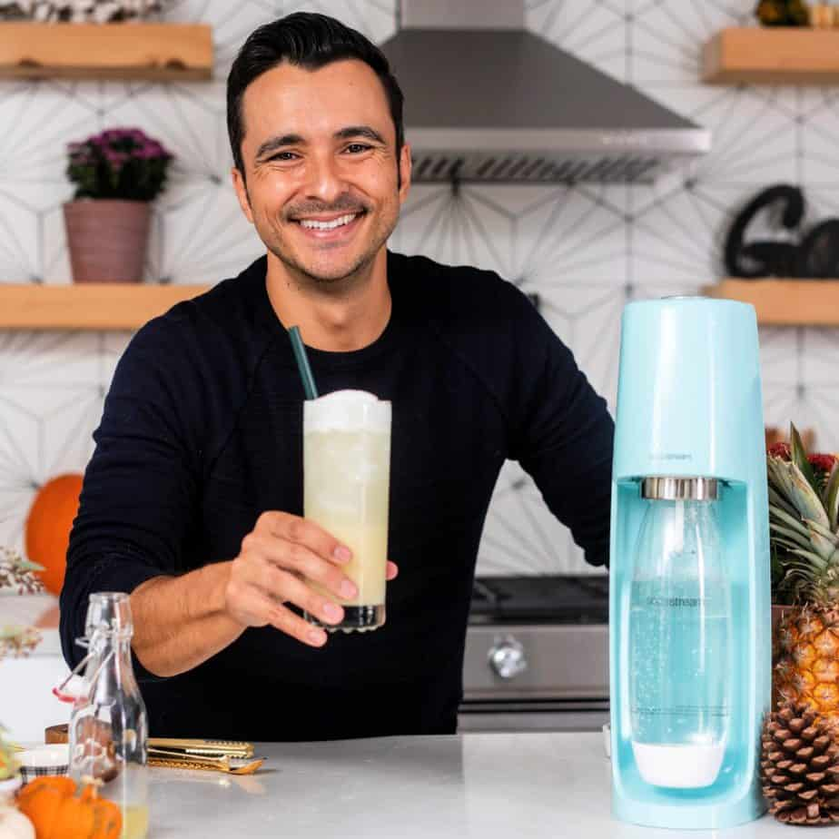 TV Food Influencer Eddie Zamora is well-known as The Yum Yum Foodie