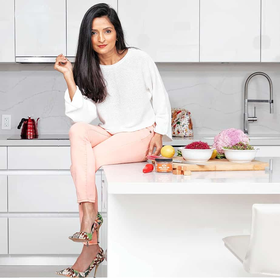 Palak Patel appeared on #4 Food Network shows & won Chopped. She also owns Dash & Chutney Restaurant in Atlanta - vegan food.